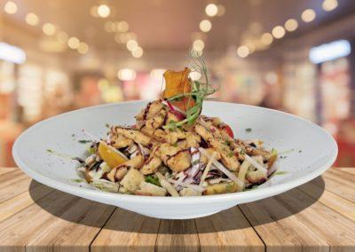 Cézár saláta Grillezett csirkemell csíkokkal